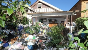sell-my-hoarder-house